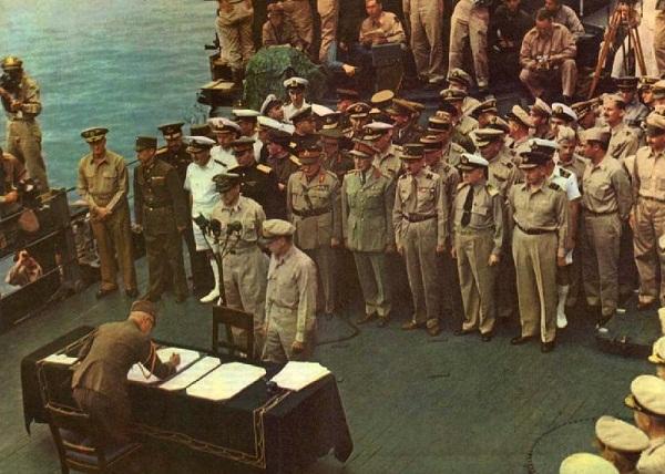 MacArthur Vi tuong chi huy My duoc Nhat Ban kinh trong 2 MacArthur: Vị tướng chỉ huy Mỹ được Nhật Bản kính trọng nhất